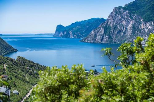 Esperienza top: Dalle Dolomiti al Lago di Garda...in E-Bike